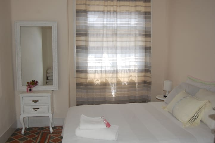 Cute, quiet and central room - Tetouan - Huis