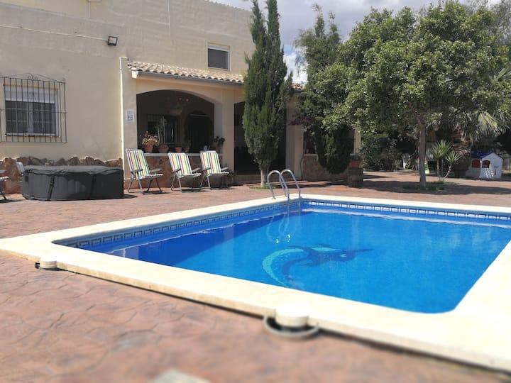 Casa rural a 10 km de Alicante