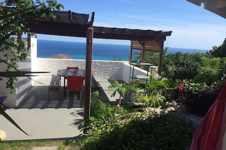 Case a  flo vue mer magnifique - 古斯塔維亞(Gustavia)