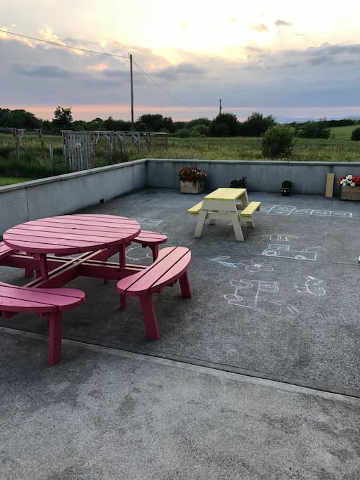 Patio area with views of slieve league & the sea