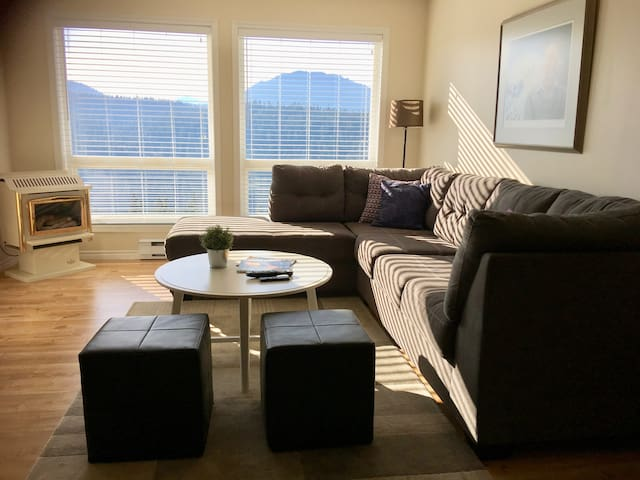 Living Room with a clear view of Strathcona Park