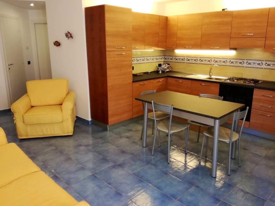 Living Room and kitchen - Soggiorno Cucina