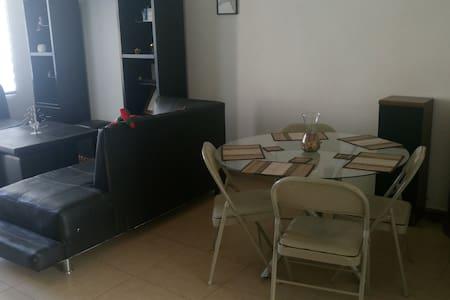 Cuarto privado 1.0 en Hermosa Casa en Puebla - Puebla