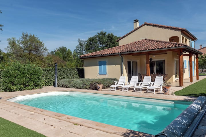Sun drenched villa in Ardeche with Pool