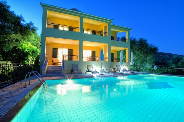Villa Spyros,Corfu amazing sea views,large pool