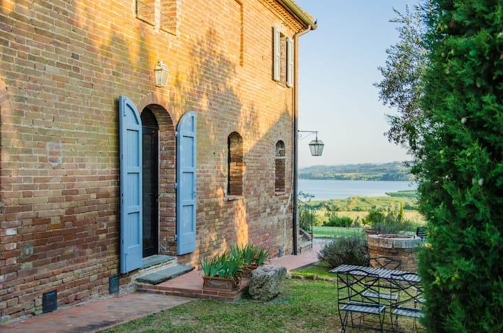 Appartement (4p) op de grens van Umbrië en Toscane
