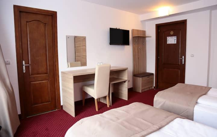 Hotel Apollonia parcare gratuita, centrul istoric