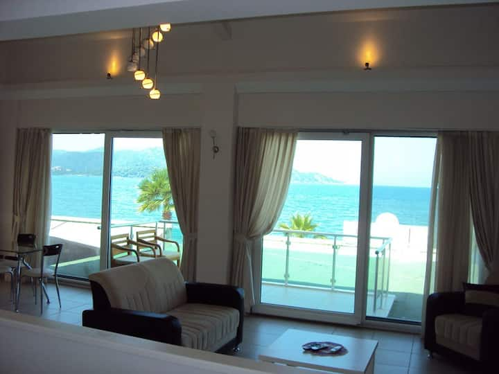 Seafront apartment
