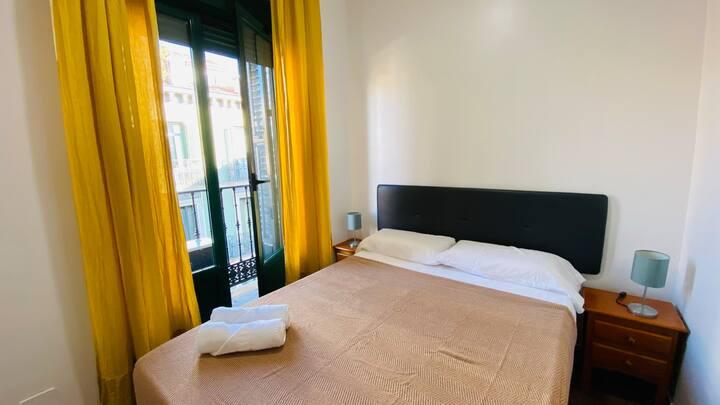 Habitacion con Baño en la Calle Fuencarral Madrid