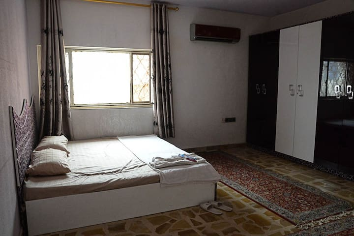 Double Room in central location in Baghdad