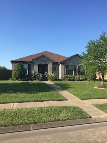 Spacious home in quiet neighborhood - League City - Hus