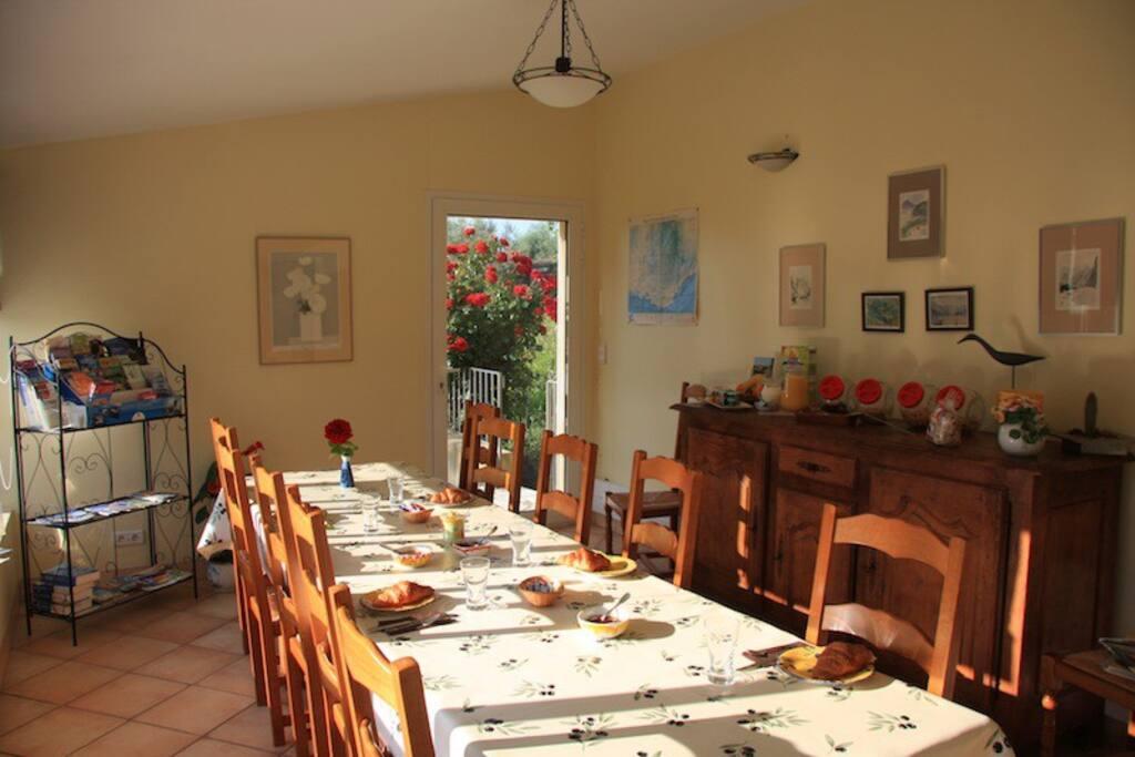 Salle pour le petit déjeuner
