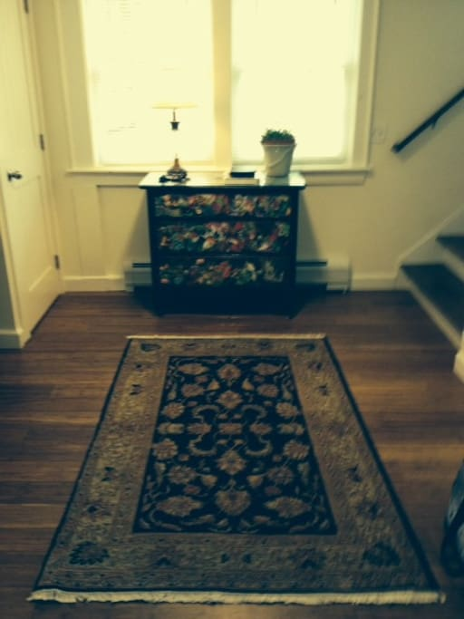 Foyer with 2 coat closets