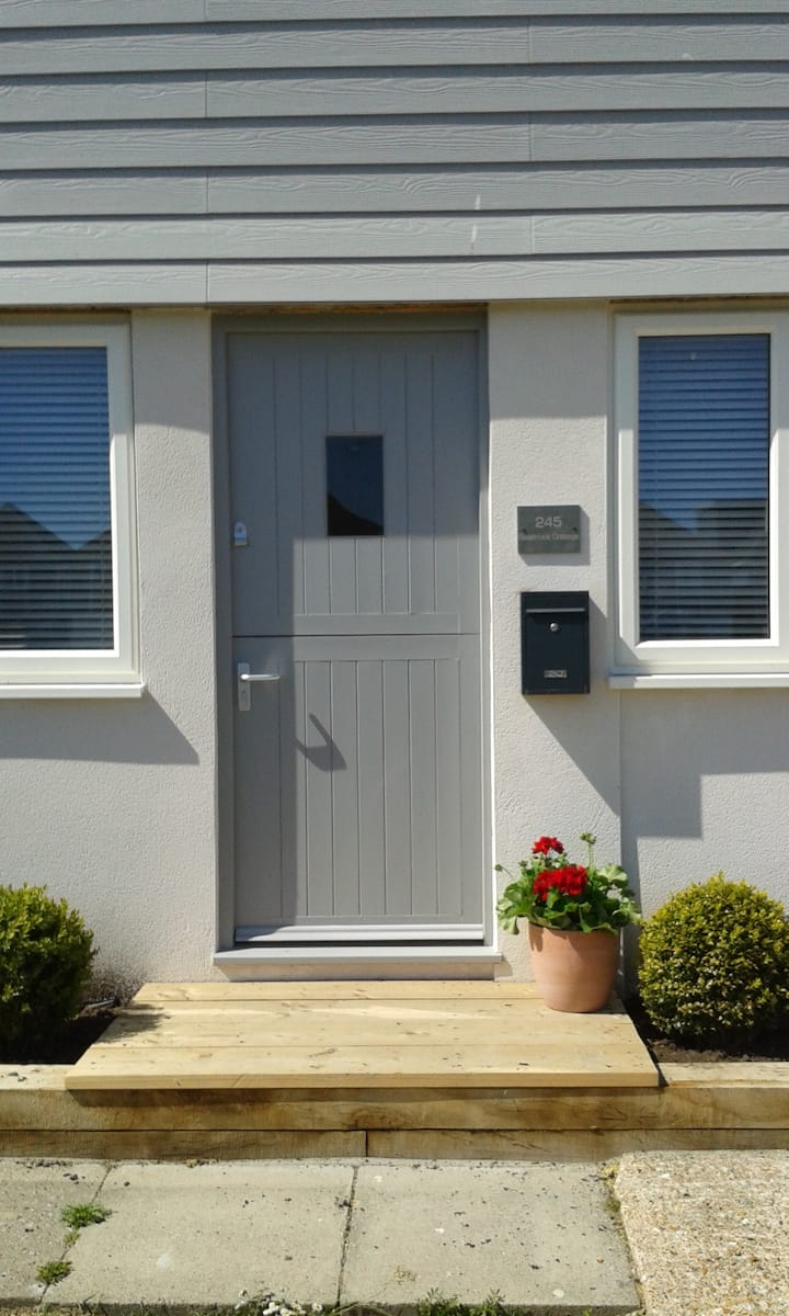 Seabrook - Pevensey Bay home opposite the beach