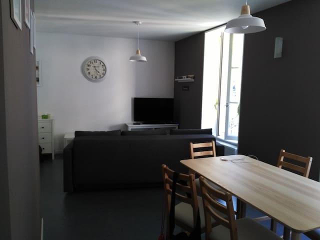 Appartement 55 m2 refait à neuf La Bourboule (2 *)