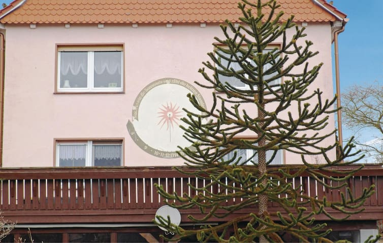 Holiday apartment with 2 bedrooms on 62 m² in Mühlhausen