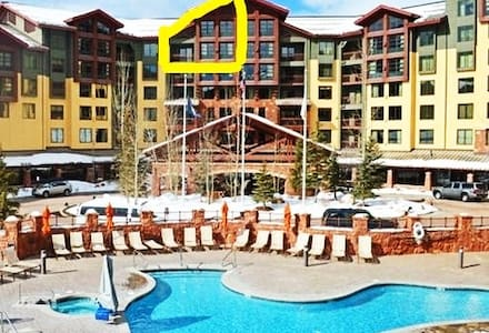Ski In Out 1BR LOFT 2BA Grand Summit CONDO Canyons