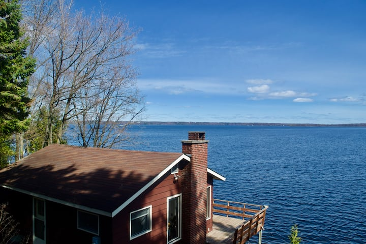 The Cottage on Lake Ontario