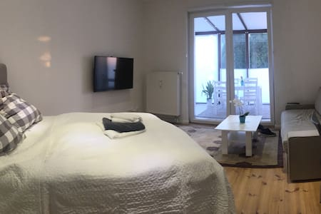 Wohnung mit Wintergarten - Apartment