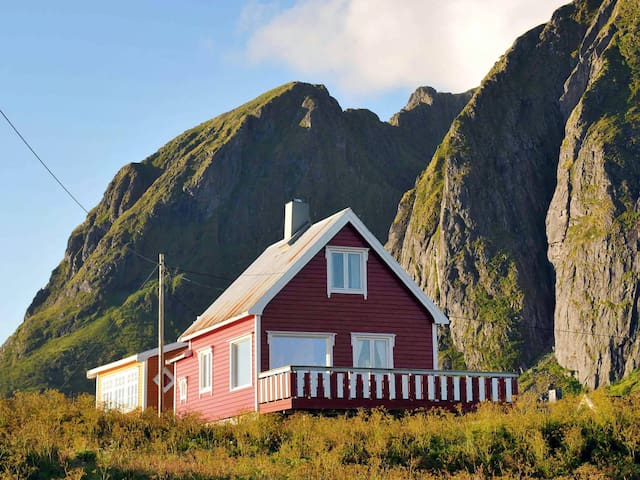 Holiday home with amazing view in Böstad