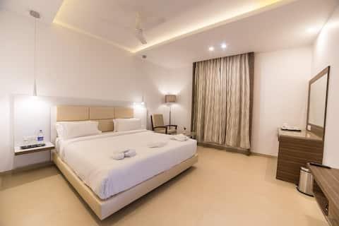Super Deluxe Elegant Room at Dindigul