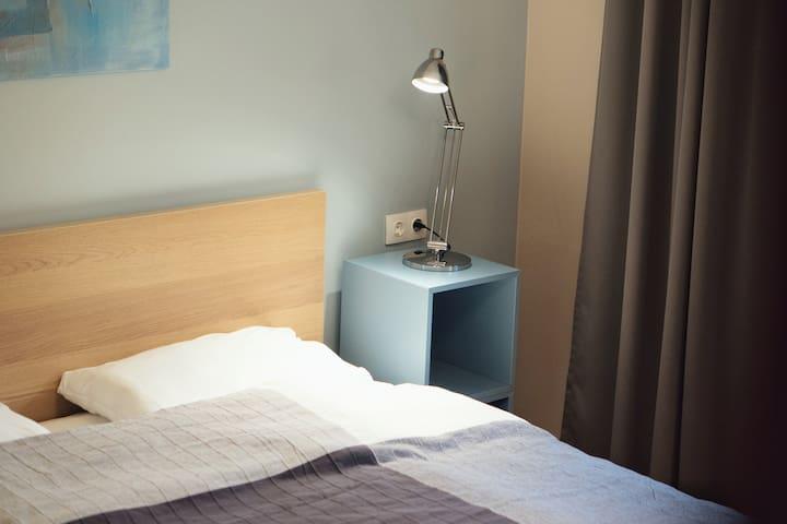 Спальня 1 (кровать king-size)