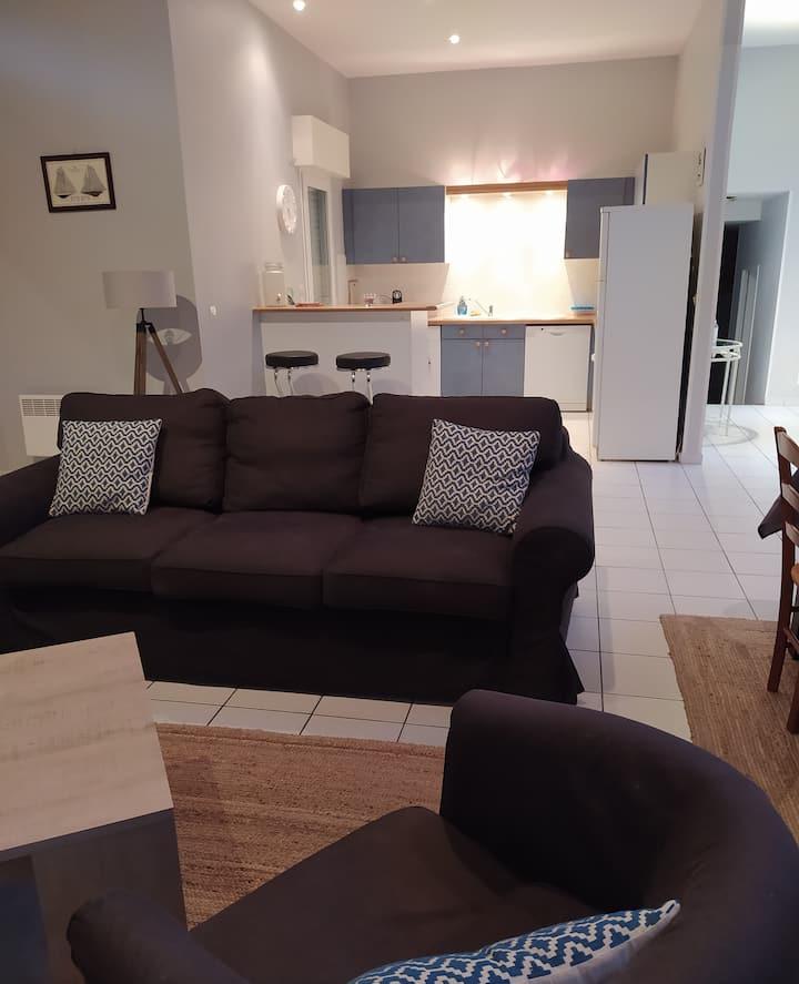 Spacieuse Villa 150 m2 - 10pers - Piscine chauffée