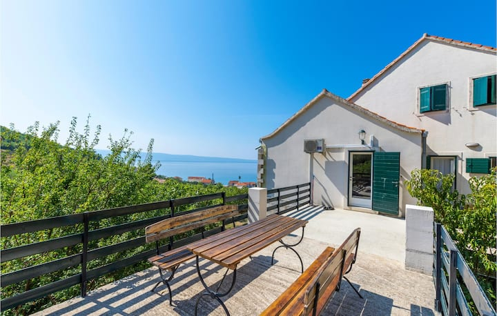 Stunning home in Podstrana with WiFi and 0 Bedrooms