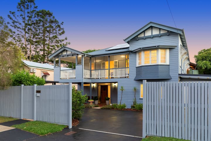 Private accommodation close to airport and CBD
