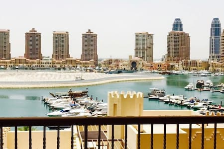 Designer apartment with sea view, the Pearl Qatar