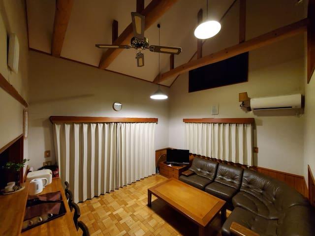 リビングルーム / living room