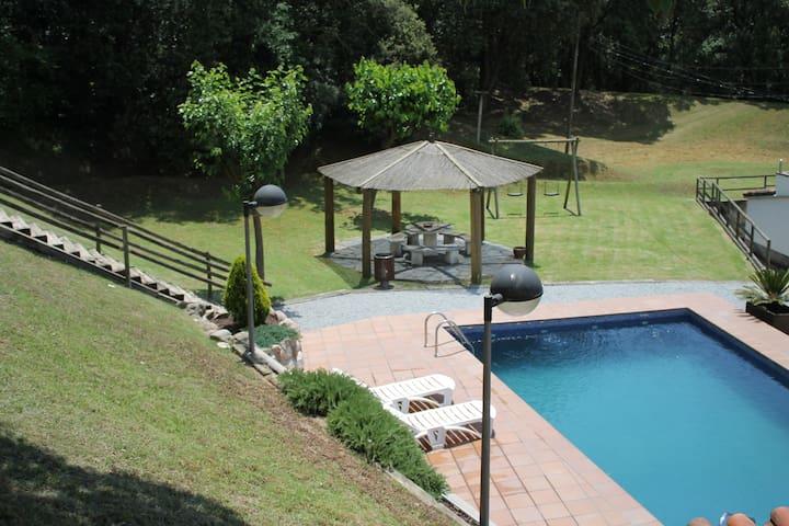 Habitación en Casa Rural con Piscina