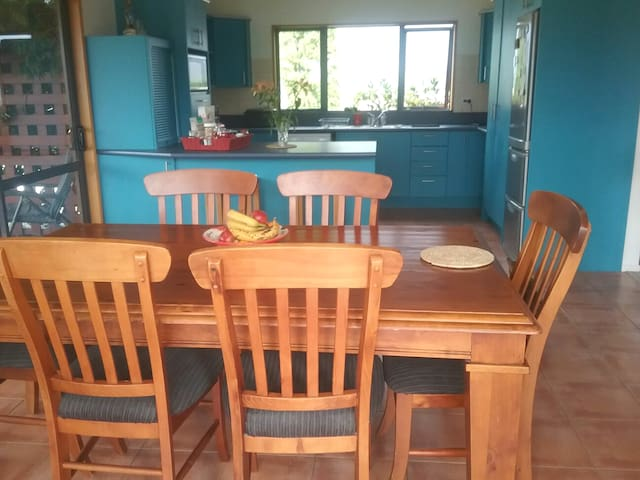 The kitchen is free for guests to cook; breakfast is here at 08.30.