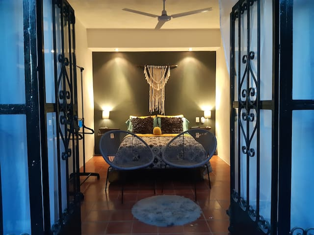 TEQUILA! private bedroom with pool in PV downtown