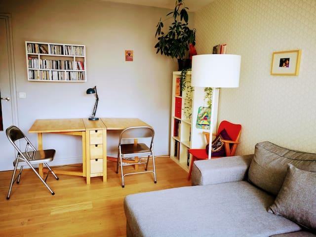 A cute flat close to Montmartre