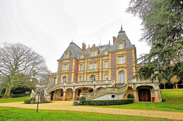 Chateau Bouffemont (117367)