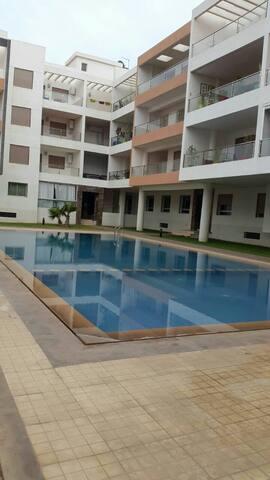 Bel appartement avec piscine