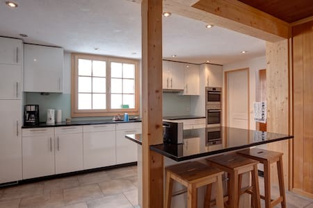 Beautiful Traditional Chalet - Rossinière - Chalet - 2