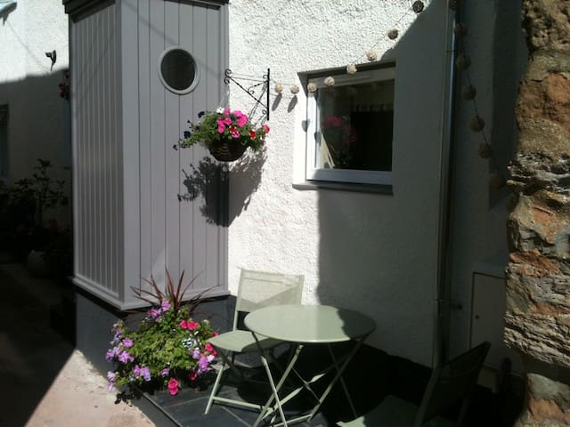 Double bedroom/bathroom on water's edge - Lympstone - Andet