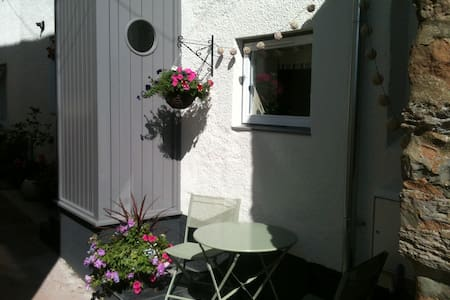 Double bedroom/bathroom on water's edge - Lympstone - Autre