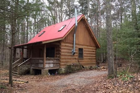 Cabin in the Woods - Blacksburg - Casa