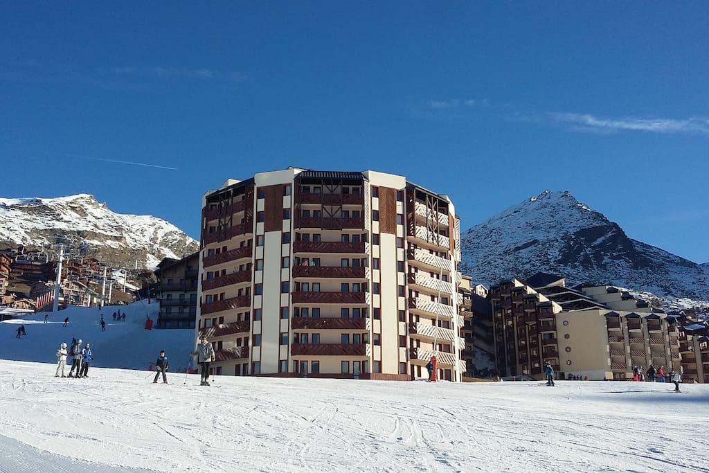 T2 27m expos plein sud front de neige appartements for La salle de bain jean philippe toussaint