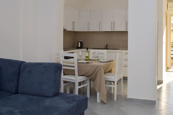 Lura 2 -Holiday Apartments --130