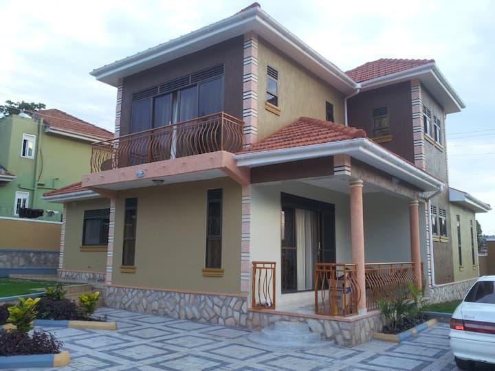 Fully Furnished Muyenga Vacation Home