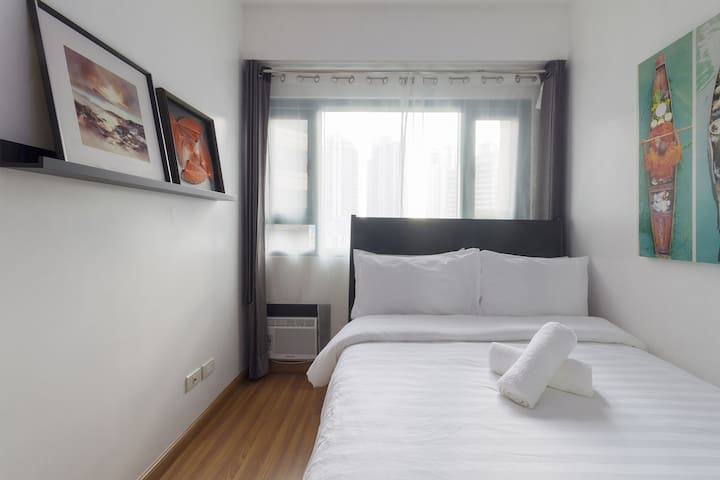 Bedroom 1: Simple but yet tastefully decorated room for a good night rest