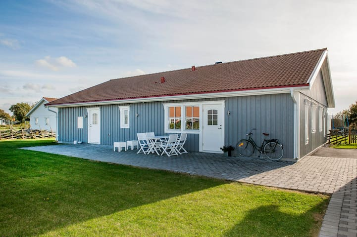Apartment close to sea, nature and Kneippbyn - Visby