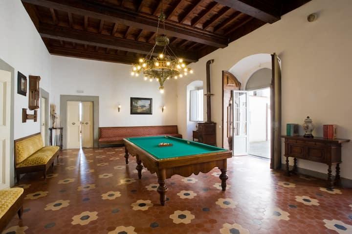 Medicean villa, near Florence 6p.wifi Pool.Park