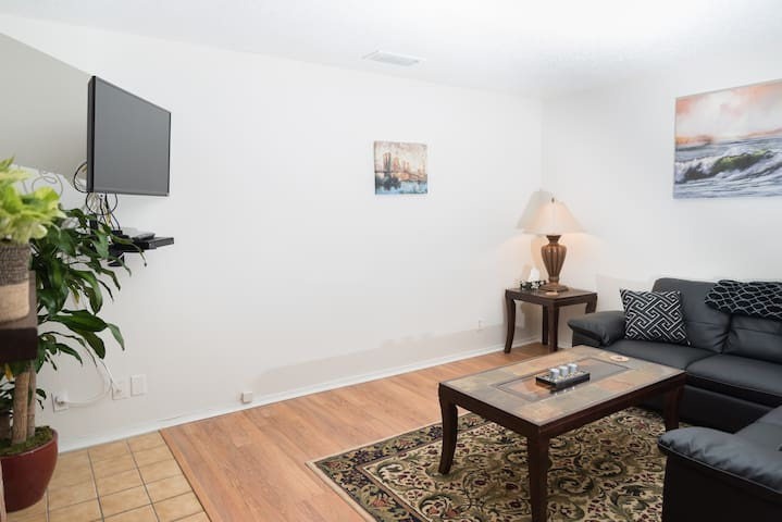 Cozy 2bd/2.5 baths condominium - Dallas - Condominium