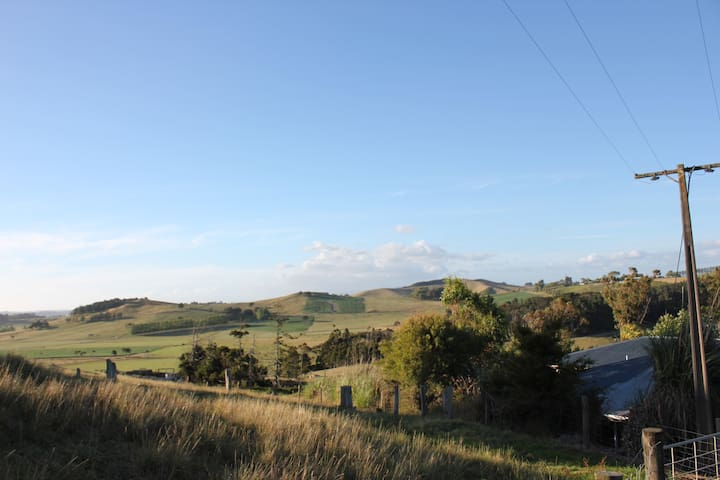 Airedale Cottage - Northland Farmstay