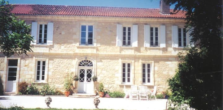 APPARTEMENT BEAUSEJOUR